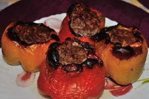 Peperoni ripieni alla carne