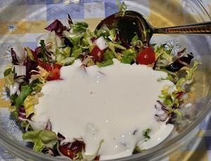 unite la salsa allo yogurth